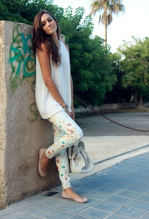 Best Combination Ideas about Floral Pants: Fresh White