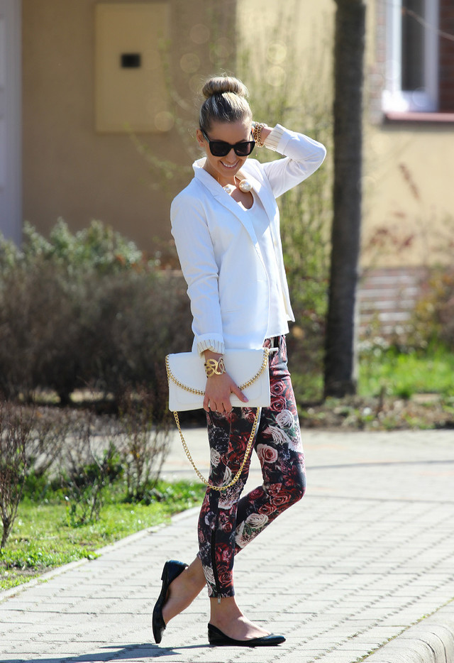 Best Combination Ideas about Floral Pants: Office Look