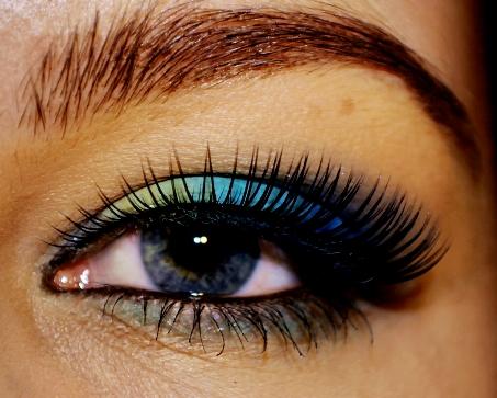 Electric Blue Eye Makeup