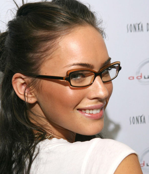 5 MakeUp Tips For Glasses Wearers - Pretty Designs