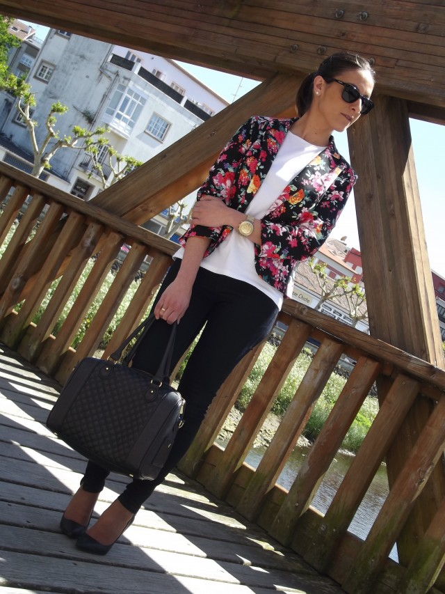 Floral Blazer Outfit in Black