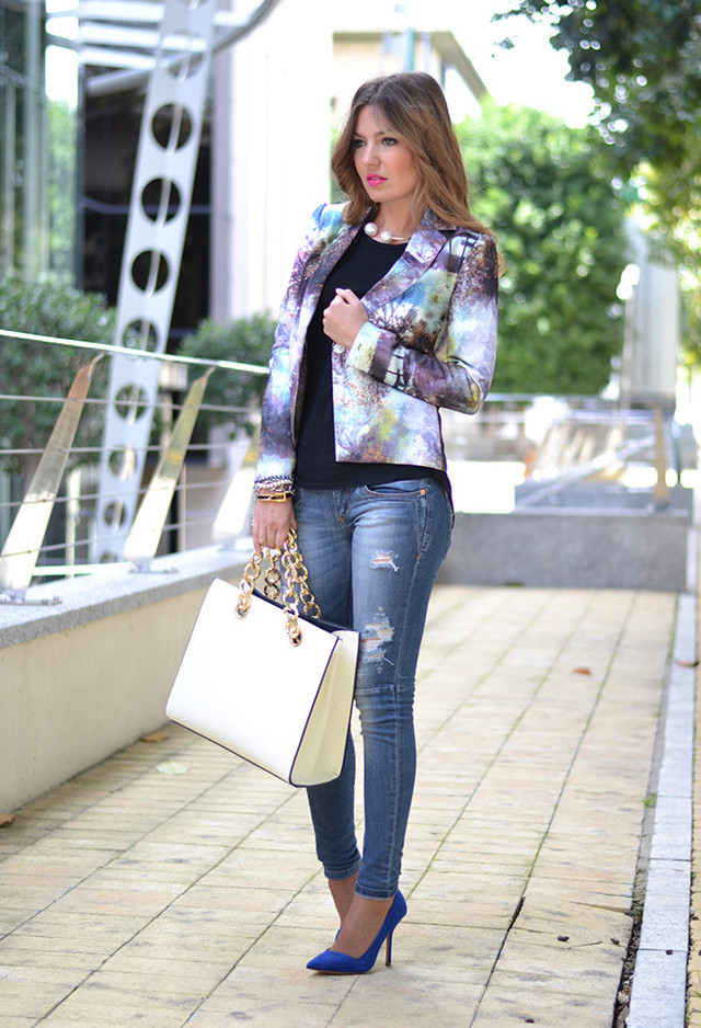 Floral Blazer Outfit with High Heels