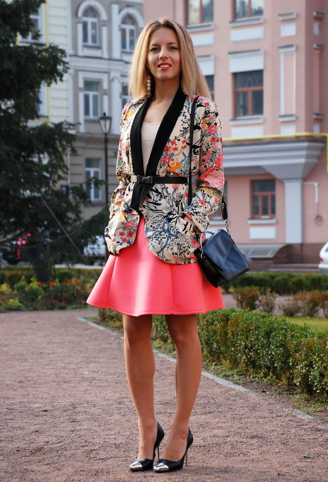 Floral Blazer Outfit with Skirt
