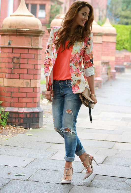 Floral Blazer Outfits with Jeans