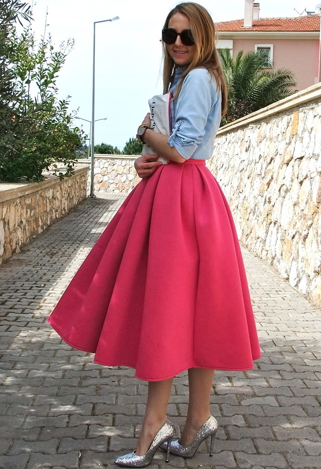 Fuchsia Midi Dress Outfit