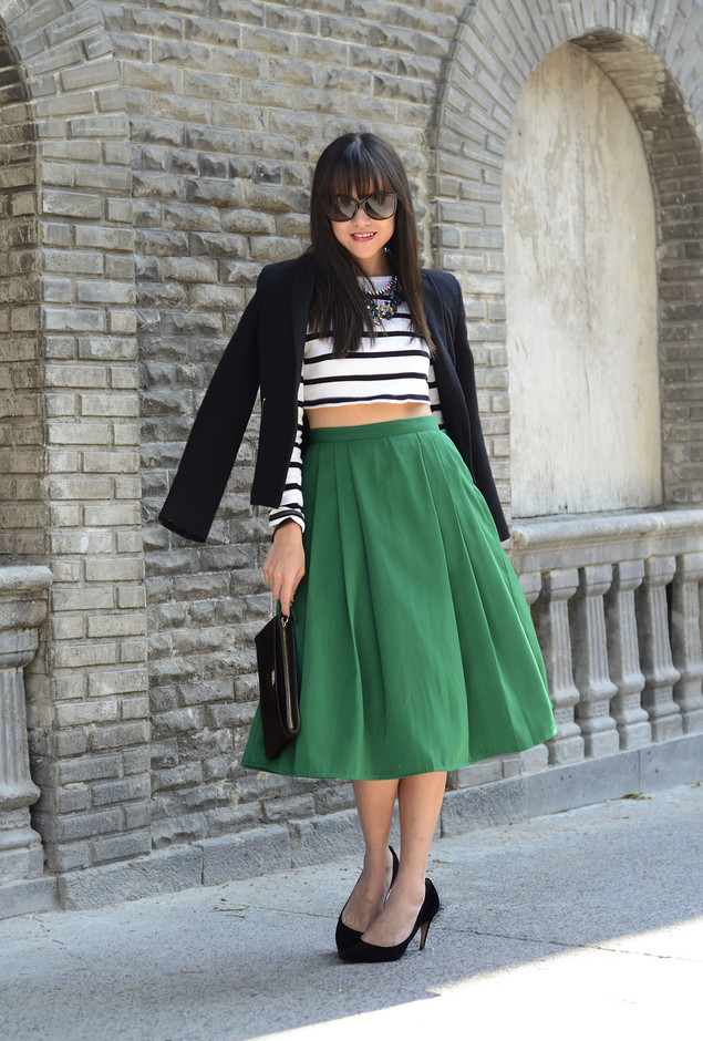 Green Midi Skirt Outfit with a Crop Top