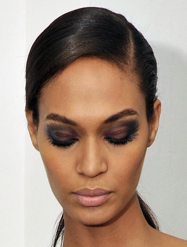 Smokey Eyes for Night Makeup Ideas via
