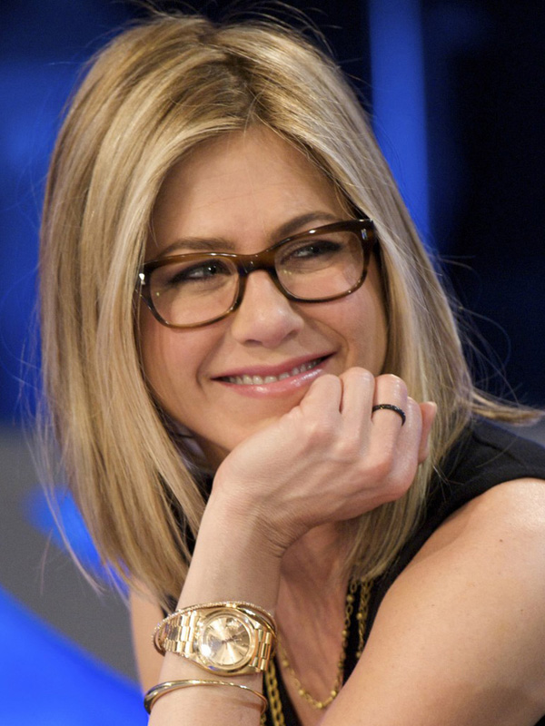 5 makeup tips for glasses wearers pretty designs for Trendy celebrity watches