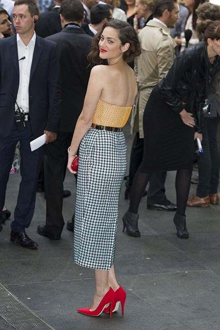 Marion Cotillard Gingham Long Skirt/Elle