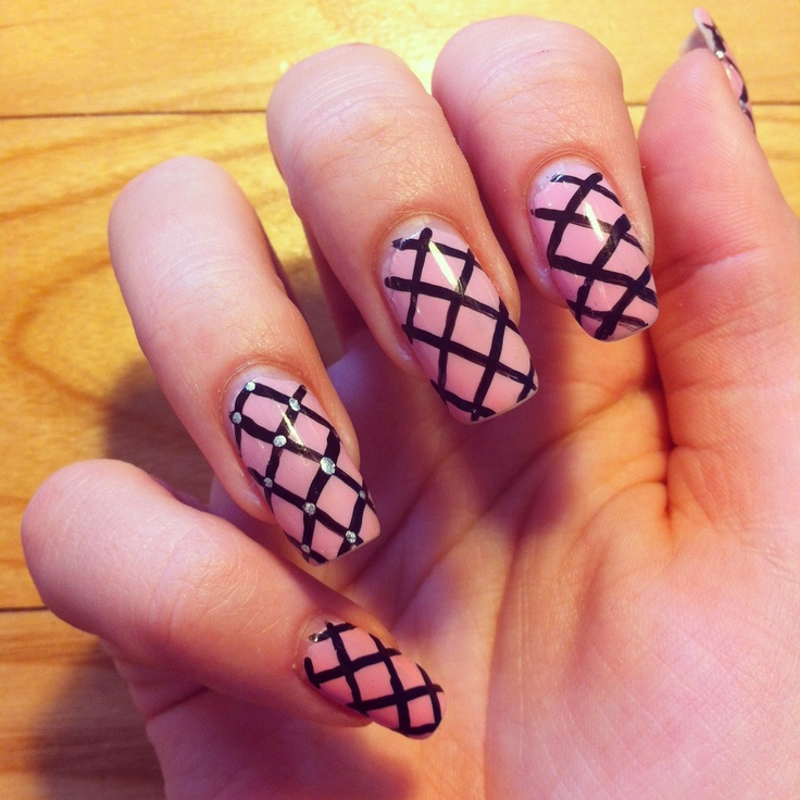 Pink Nails with Fishnet