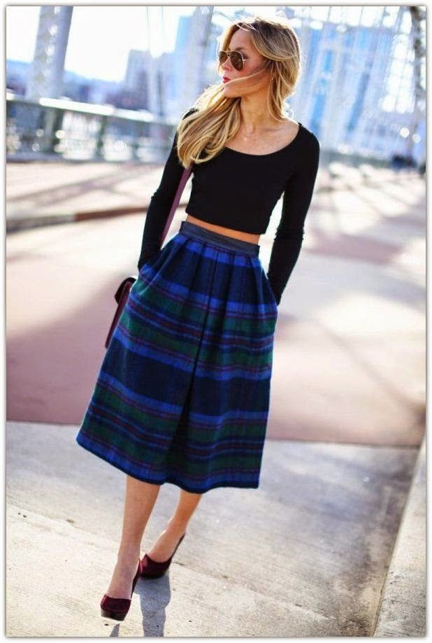 Black & White Maxi Skirt Outfit. Source. Stay fashionable and gorgeous by wearing your grey maxi with a striped crop top and baby blue leather jacket. Black ankle boots and clutch, keep this outfit from being too casual. Red Maxi Skirt + Print T-shirt. Source.