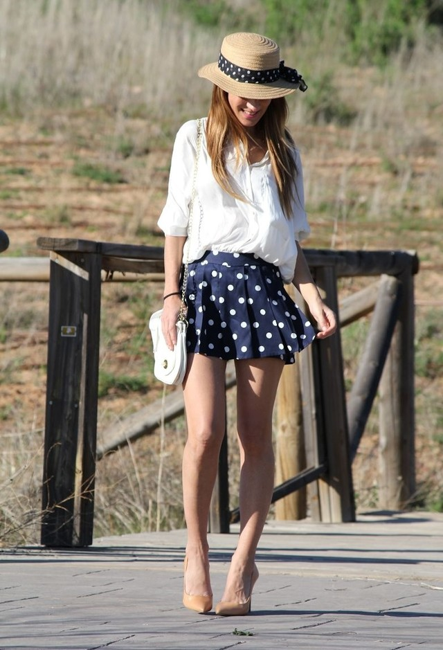 Fashionable Spring Outfits for Young Women to Try - Pretty ...