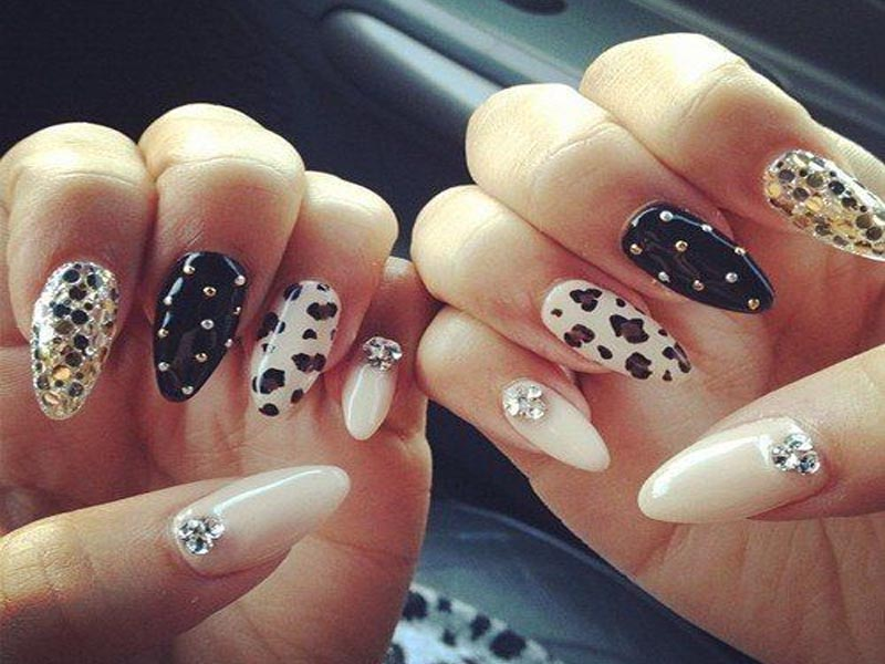 Print Nails with Studs