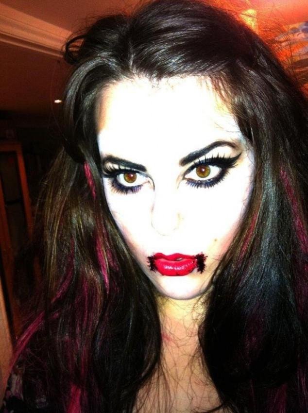 Vampire Makeup Ideas Via