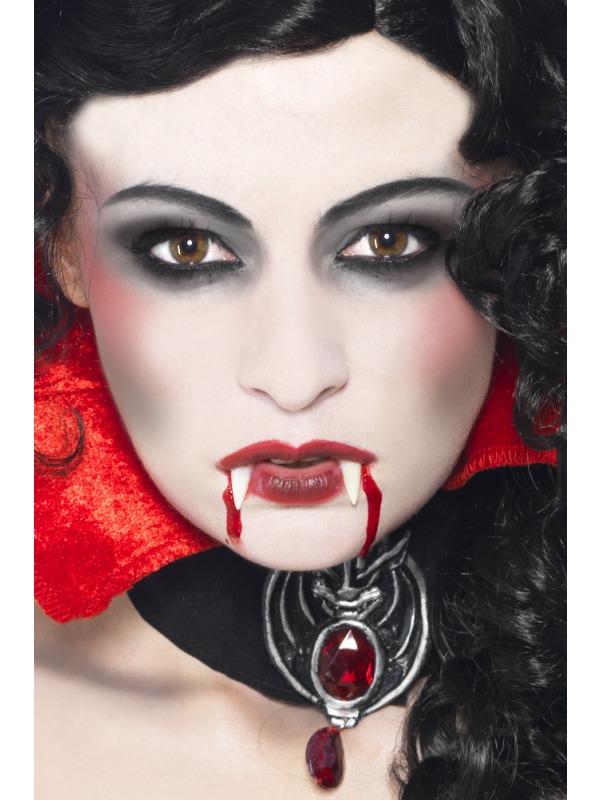 21 Creative Vampire MakeUp Ideas , Pretty Designs