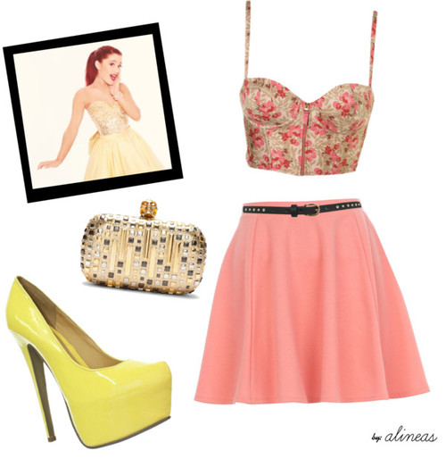 Adorable Pink Crop Top Outfit Idea