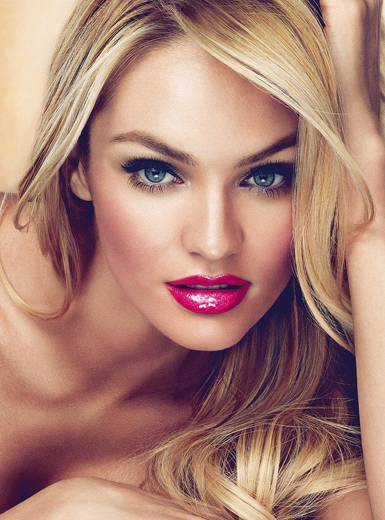 Alluring Makeup Ideas with Red Lips