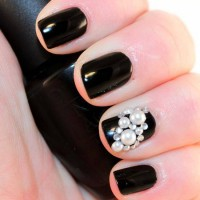 Black Nails with Jewels