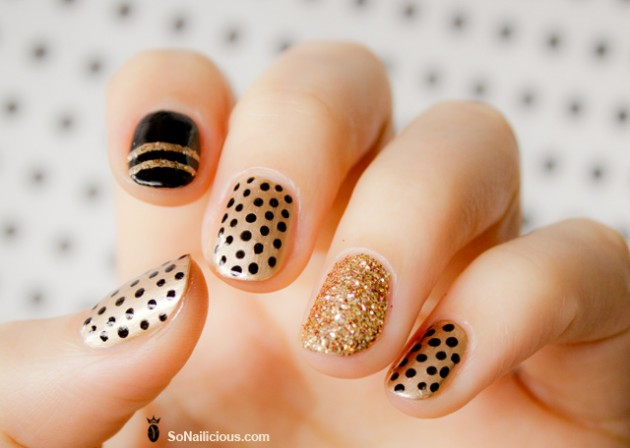 Black and Gold Nail Design - 15 Creative Nail Designs For Holidays - Pretty Designs