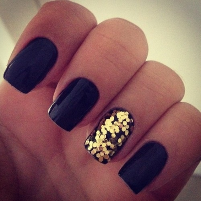 Black And Gold Nails For Classy Nail Designs