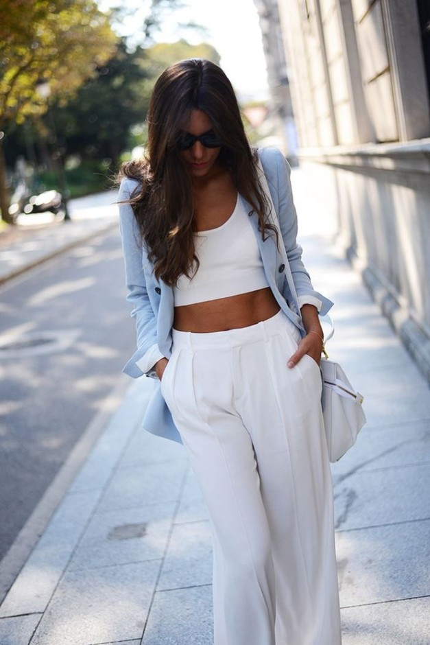 Causal Outfit with Loose Pants