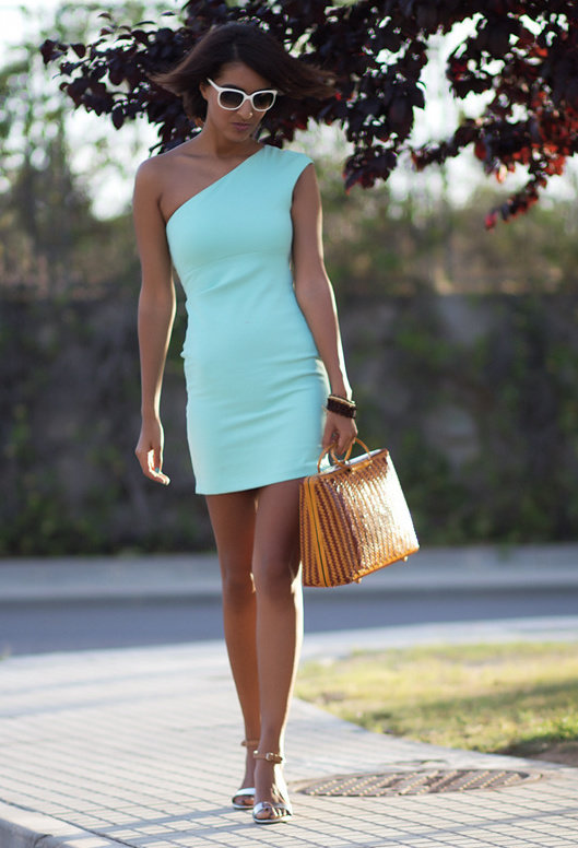 Chic Short Dresses for Spring 2014