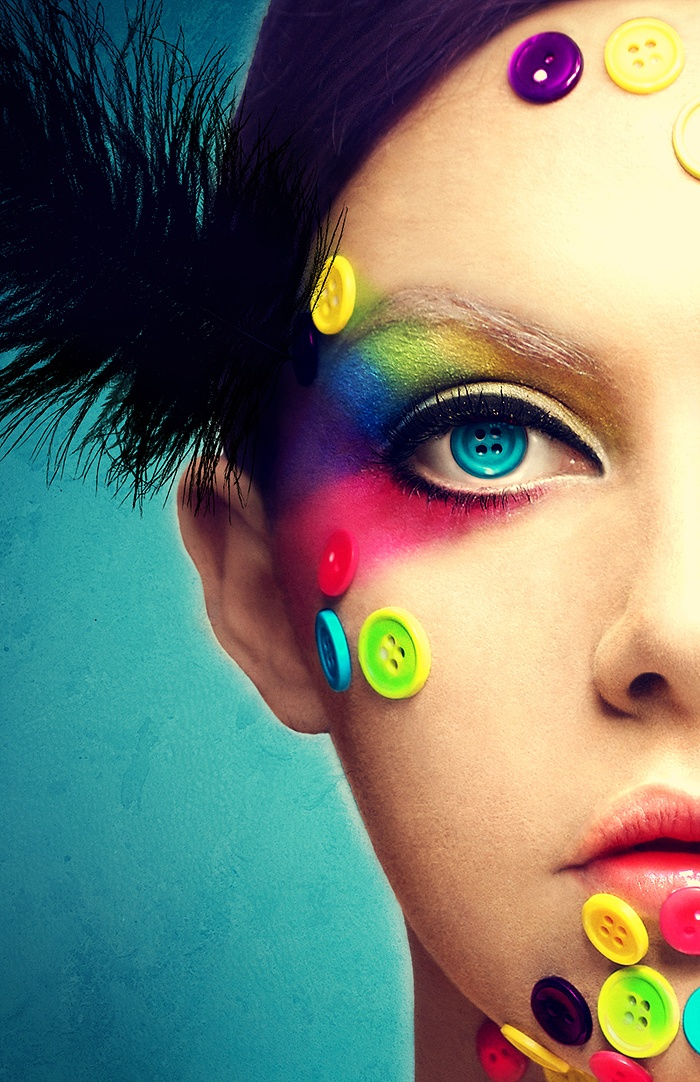 Colorful Button Makeup Idea