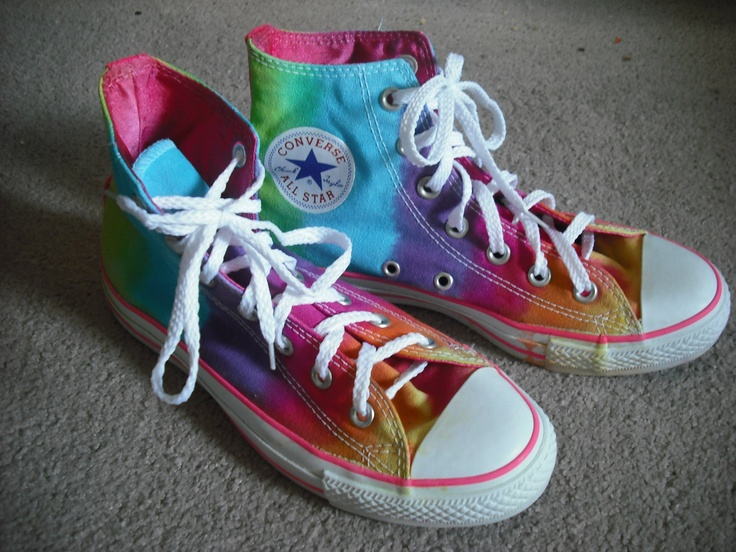 DIY IdeasGive a New Look to Your ConversePretty Designs
