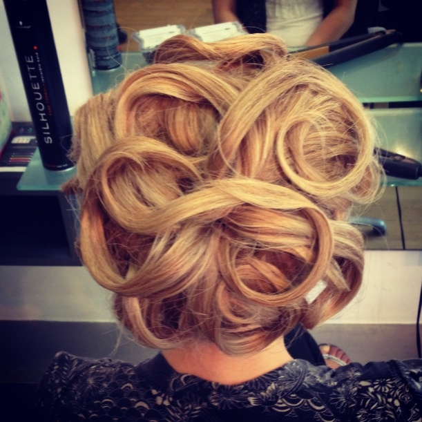 Vintage Look To Glam Swirl Hair Designs Pretty Designs