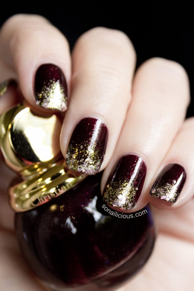 Gold Glitter Nail Design via