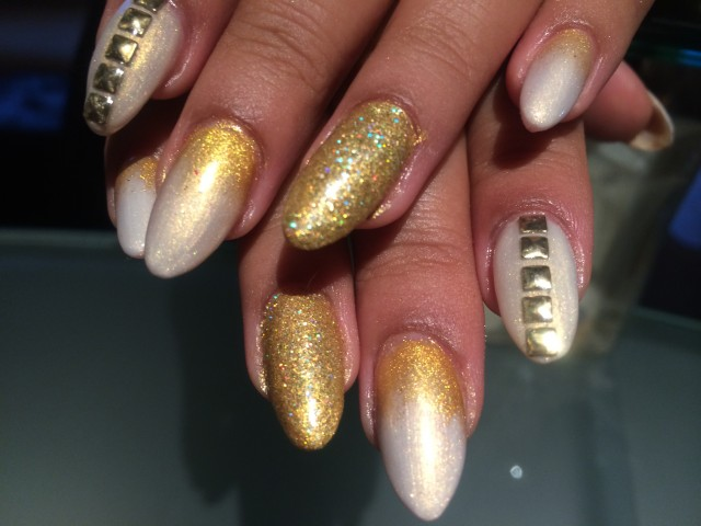 Gold Nails for Classy Nail Designs