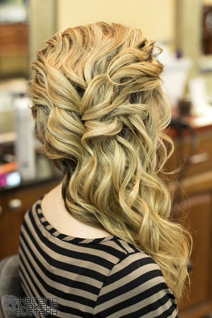 Gorgeous Side-swept Curls