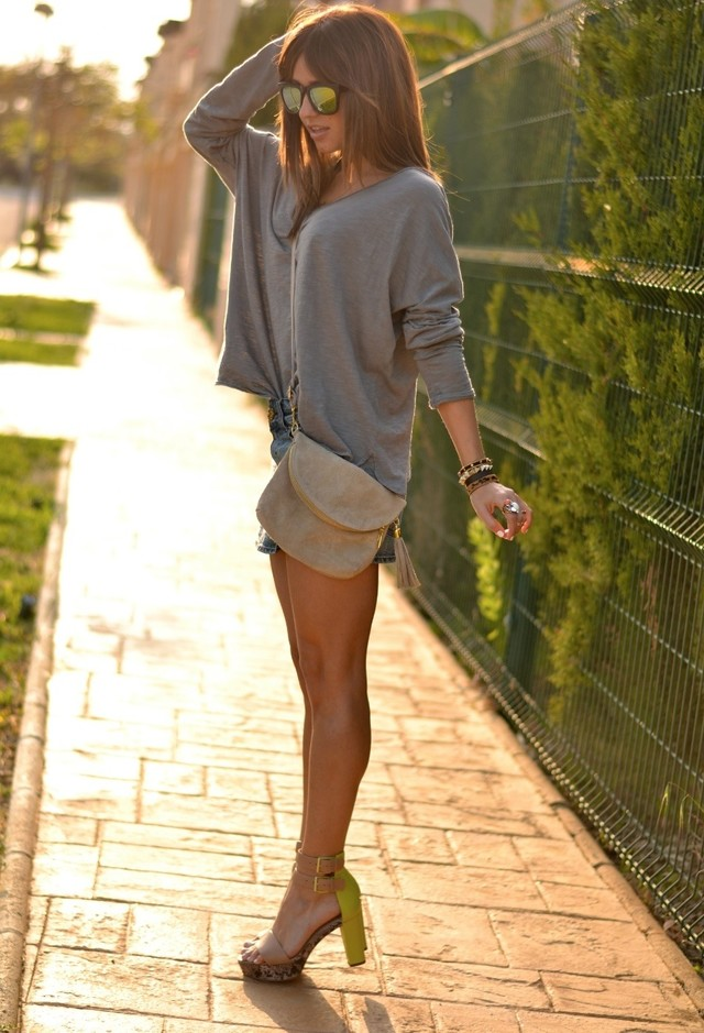 Gray Outfit Idea for Summer
