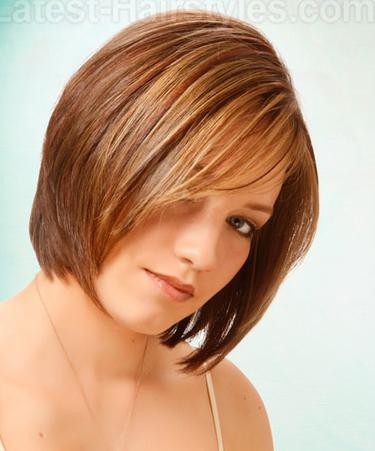 Layered Medium Hairstyle for Thin Hair