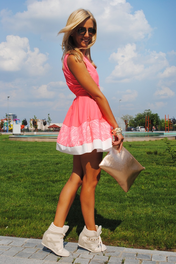 Little Pink Dress With White Hem