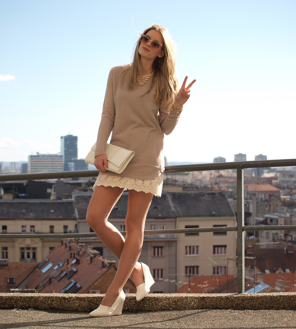 MONOCHROMATIC OUTFIT IDEAS - Nude Dress