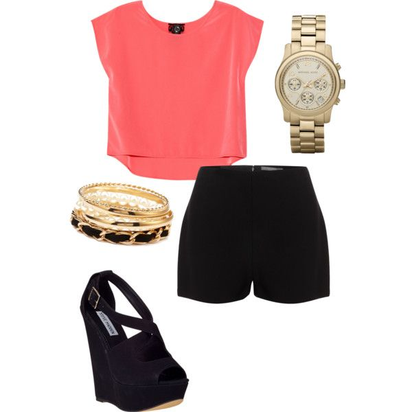 Pink Crop Top Outfit Idea