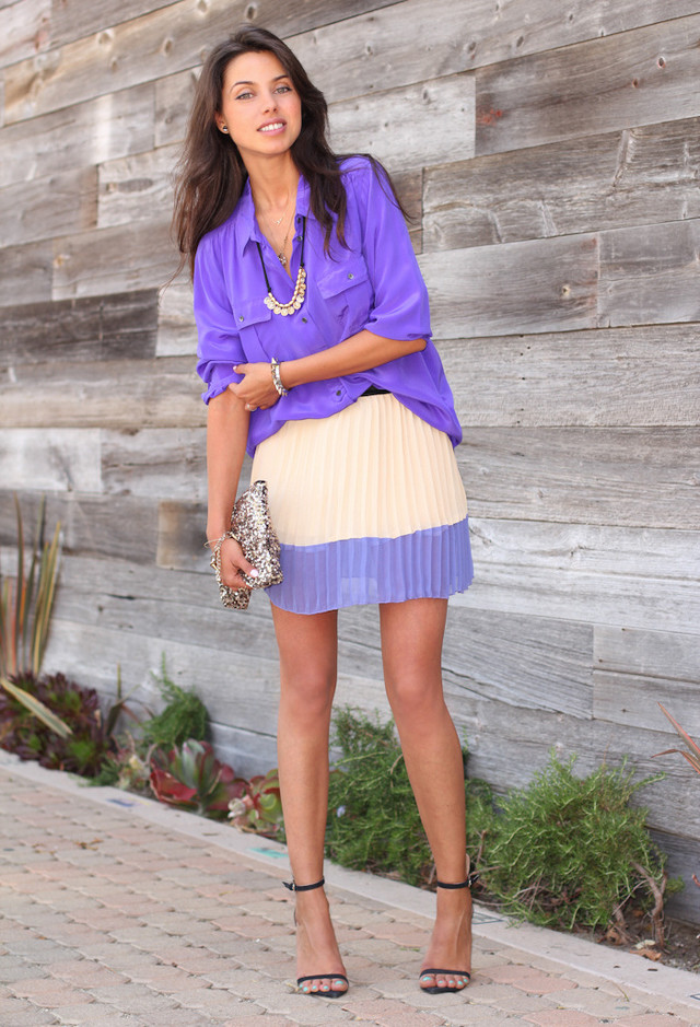 Pleated Skirt Outfit Idea for Summer