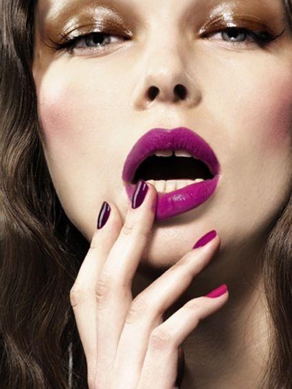 Pretty Makeup Look for Women