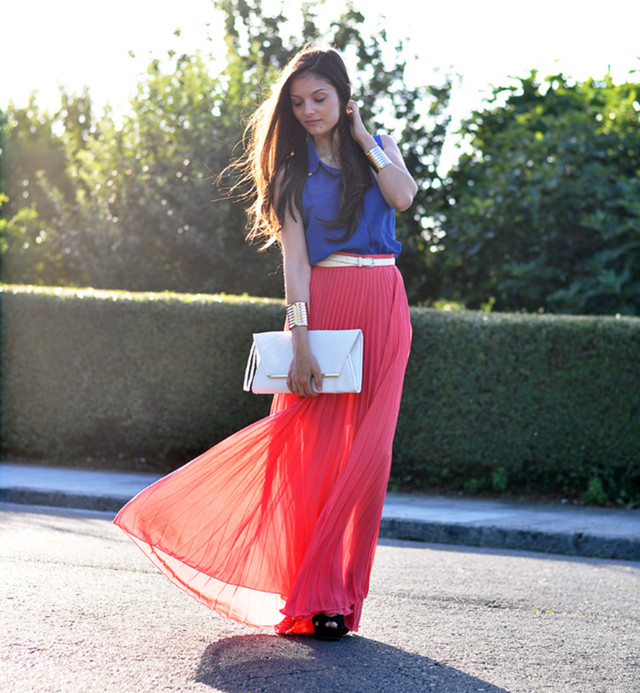 Red Pleated Skirt Outfit Idea for Summer