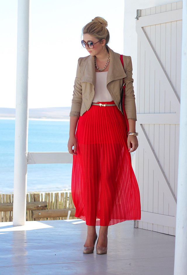 Red Pleated Skirt Outfit Idea with a Short Blazer