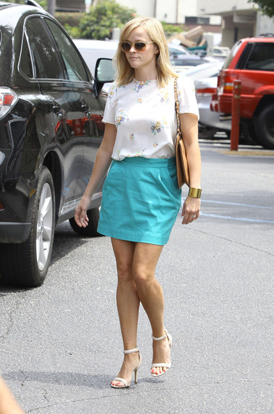 Reese Witherspoon's Baby Blue Skirt