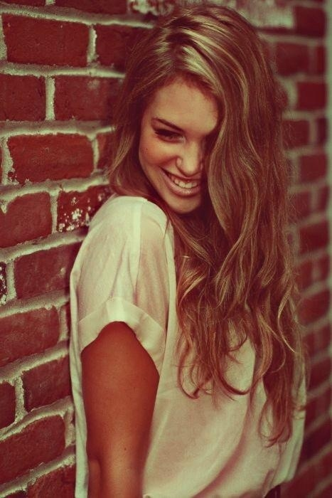 Romantic Loose Wavy Hairstyle for Long Hair