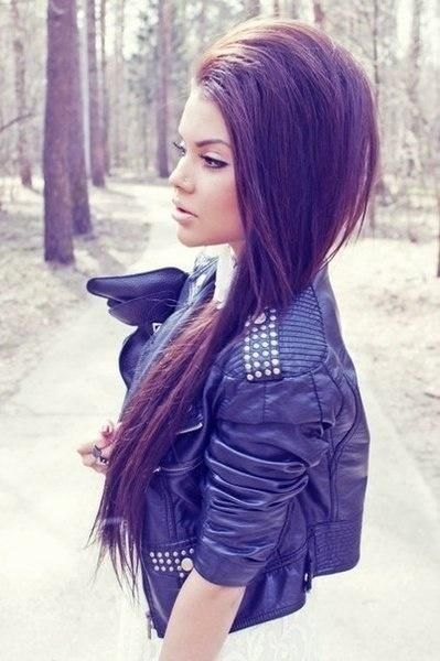Side-swept Hairstyle with Layers