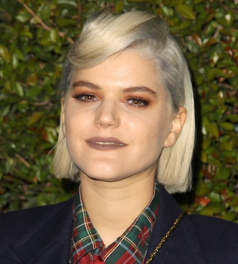 Soko Retro Hair