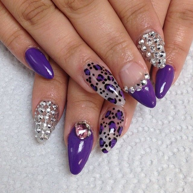 Cute Stiletto Nail Art: 21 Ultra-beautiful 3D Nail Arts For The Week