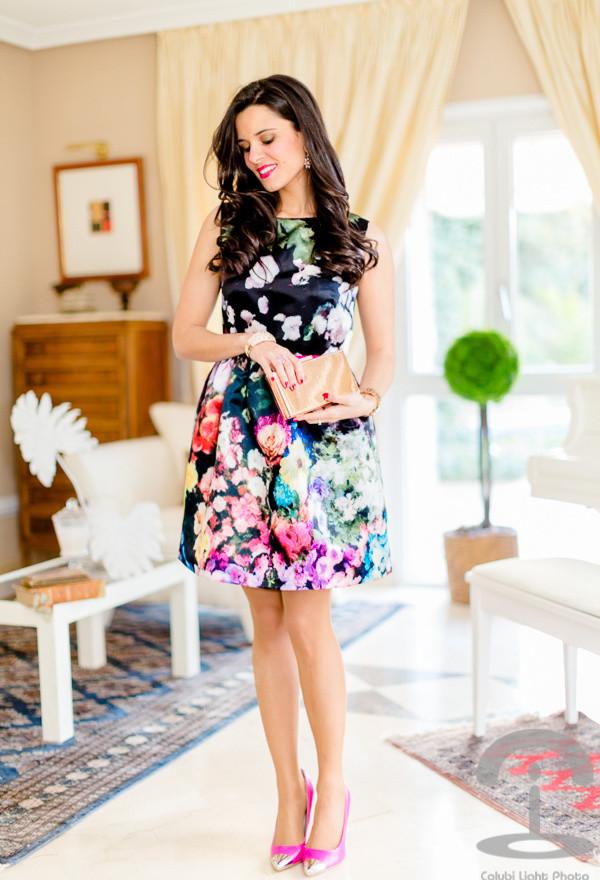 Street Style Dresses - Floral Print Dress