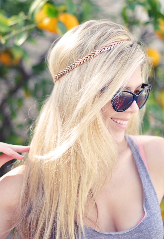 TURN A NECKLACE INTO A HEADBAND DIY