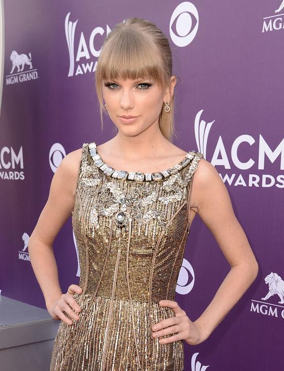 Taylor Swift's Blunt Bangs
