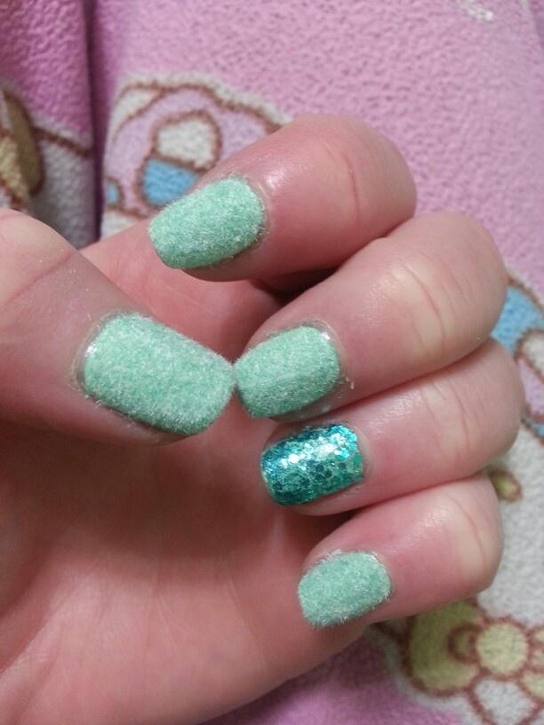 Velvet Nails with Glitter